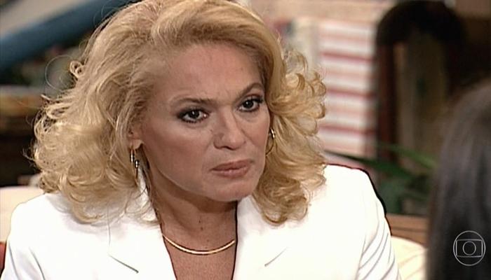 Susana Vieira (Branca) em cena da novela Por Amor, que teve mais audiência que Malhação (Foto: Reprodução/Globo)