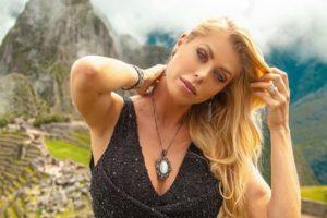 A modelo e apresentadora, Caroline Bittencourt (Foto: Reprodução)