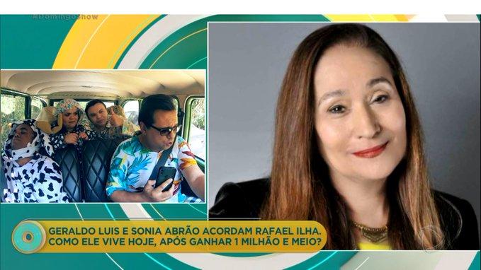 Sonia Abrão participou do Domingo Show da Record e entrevistou Rafael Ilha (Foto: Reprodução)