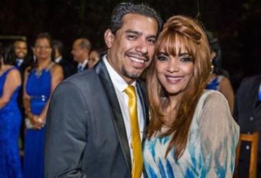 A deputada federal Flordelis e o seu esposo, o Pastor Anderson do Carmo, (Foto: reprodução)