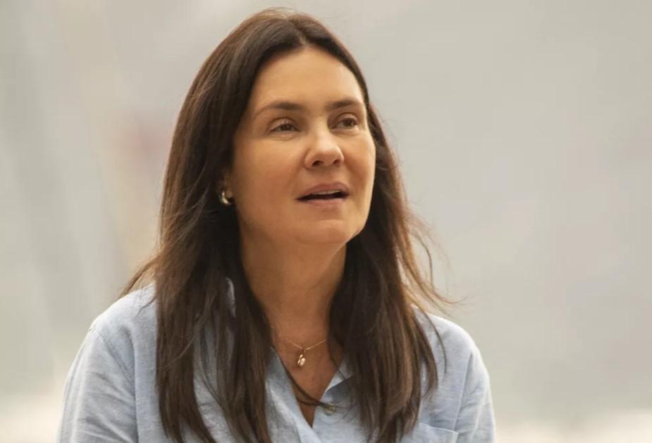 Adriana Esteves em Amor de Mãe (Foto: Globo/ João Cotta)