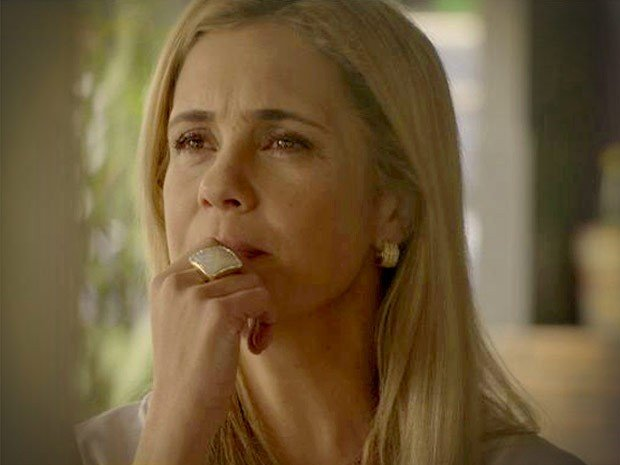 Adriana Esteves como Carminha, em Avenida Brasil (Foto: divulgação/ TV Globo)