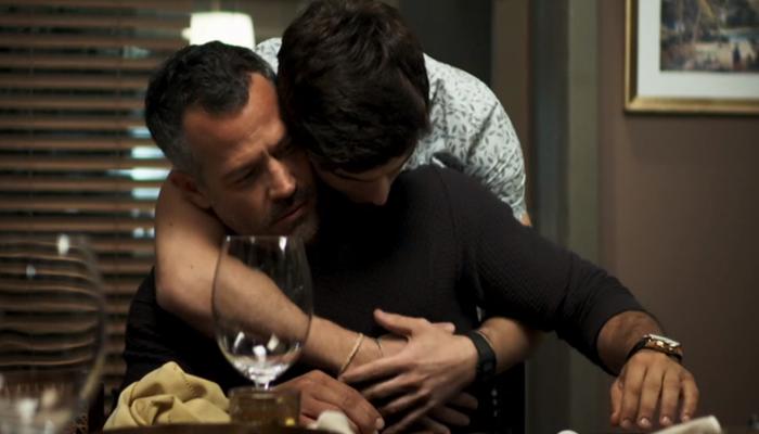 Agno (Malvino Salvador) e Leandro (Guilherme Leicam) terão relação gay em A Dona do Pedaço (Foto: Reprodução/Globo)
