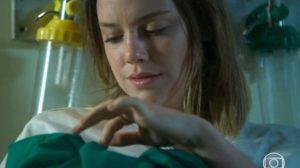 Dalila e Soraia em cena da novela Órfãos da Terra (Foto: Reprodução)
