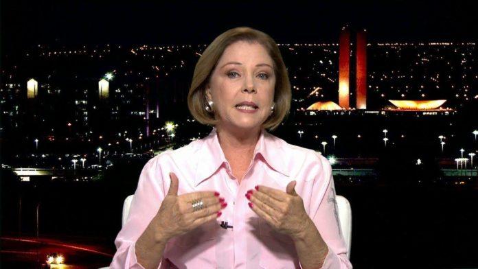 A âncora da Globo, Eliane Cantanhede que apresenta o Em Pauta na GloboNews causou polêmica nas redes sociais (Foto: Reprodução/GloboNews)