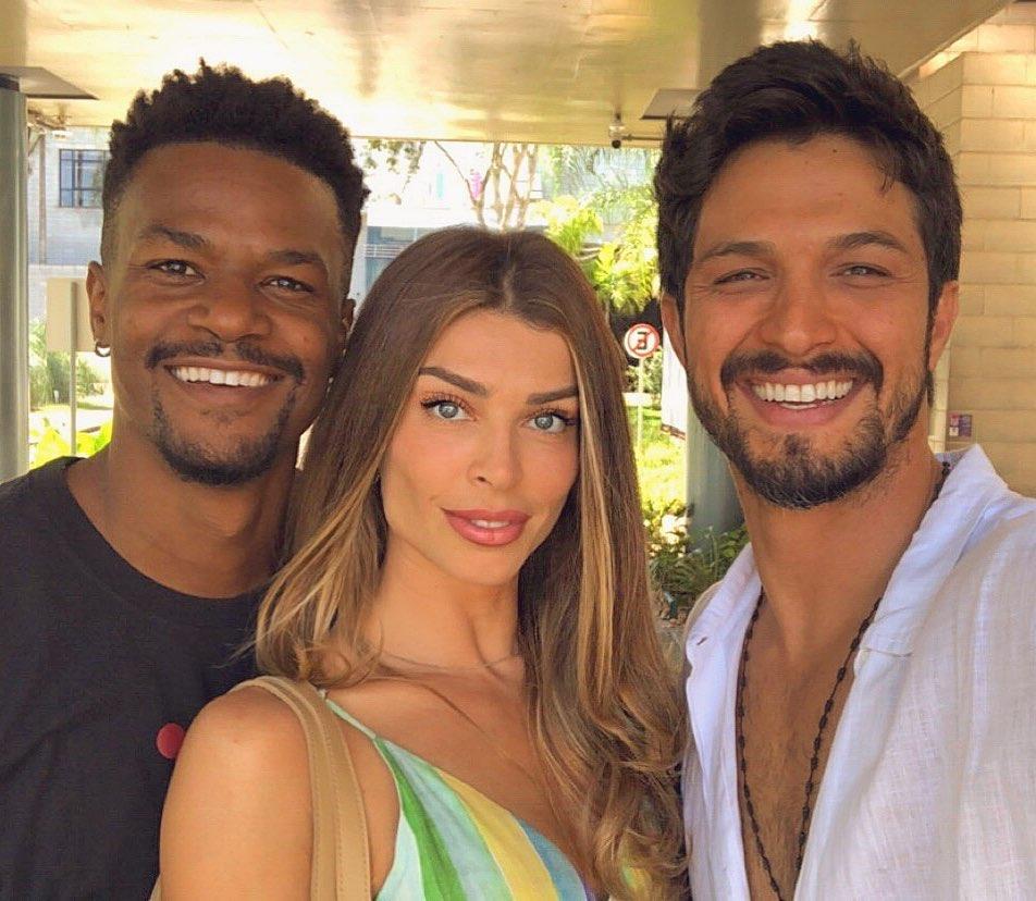 Ramon, Paloma e Marcos o trio de protagonistas da novela Bom Sucesso