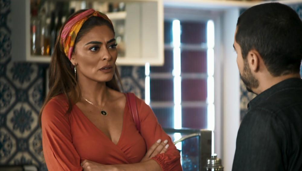 Maria da Paz e Camilo em cena da novela A Dona do Pedaço (Foto: Reprodução)
