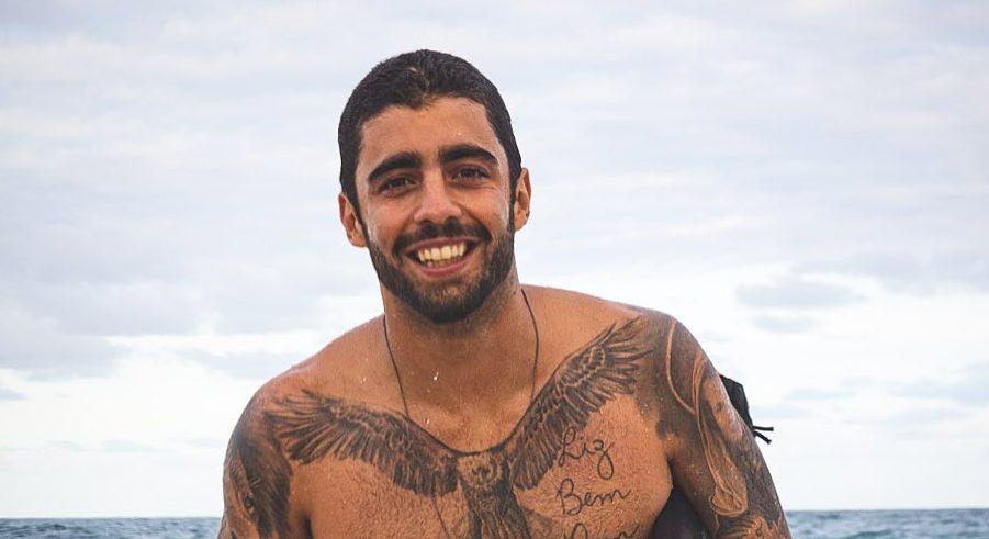 O ex-marido de Luana Piovanei e ex-namorado de Anitta, o surfista Pedro Scooby compartilhou registro do dia que quase morreu (Foto: Reprodução/Instagram)
