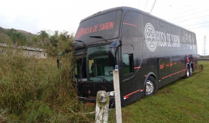 Ônibus da banda Rosa de Saron se envolveu em acidente fatal que terminou em morte