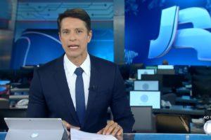 Sérgio Aguiar é um dos responsáveis pelo rodízio aos sábados do Jornal da Record (Foto: Reprodução)