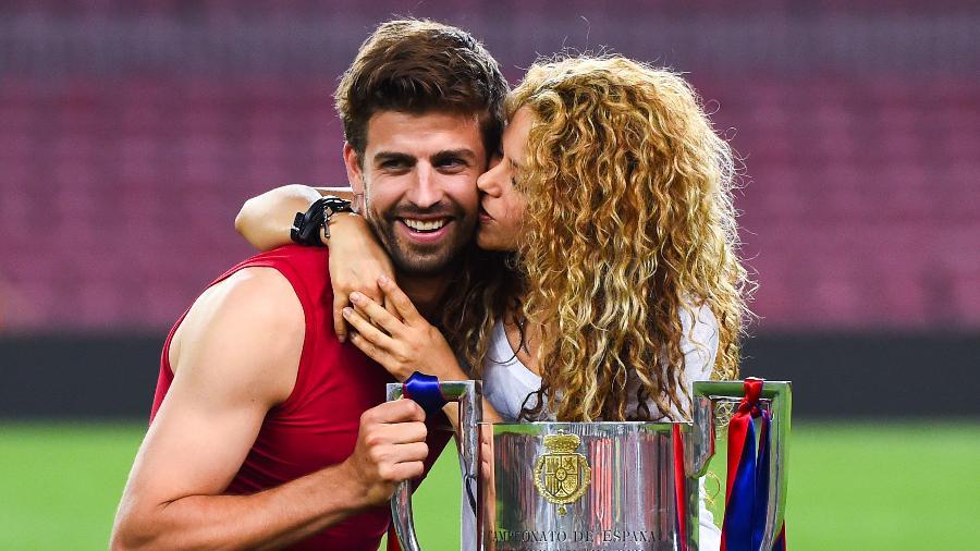 Cantora Shakira e seu marido, o jogador de futebol Gerard Piqué (Foto: Reprodução)