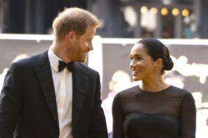 Harry e Meghan Markle são criticados por especialista britânico e podem ser expulsos da família real (Foto: Reprodução)