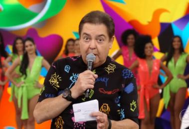 Fausto Silva no comando do Domingão do Faustão, que registrou queda de audiência ontem (13) (Foto: Reprodução/Globo)