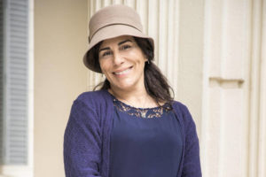 Glória Pires caracterizada de Lola para a novela das seis: Éramos Seis (Foto: Divulgação/TV Globo)