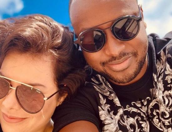 A ex-contratada da Globo e apresentadora do Multishow, Fernanda Souza e o pagodeiro Thiaguinho (Foto: Reprodução)