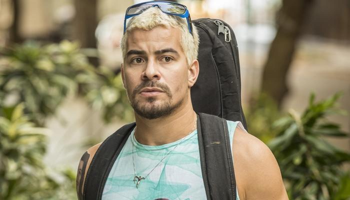 Ryan (Thiago Martins) em Amor de Mãe (Foto: Globo/João Cotta)