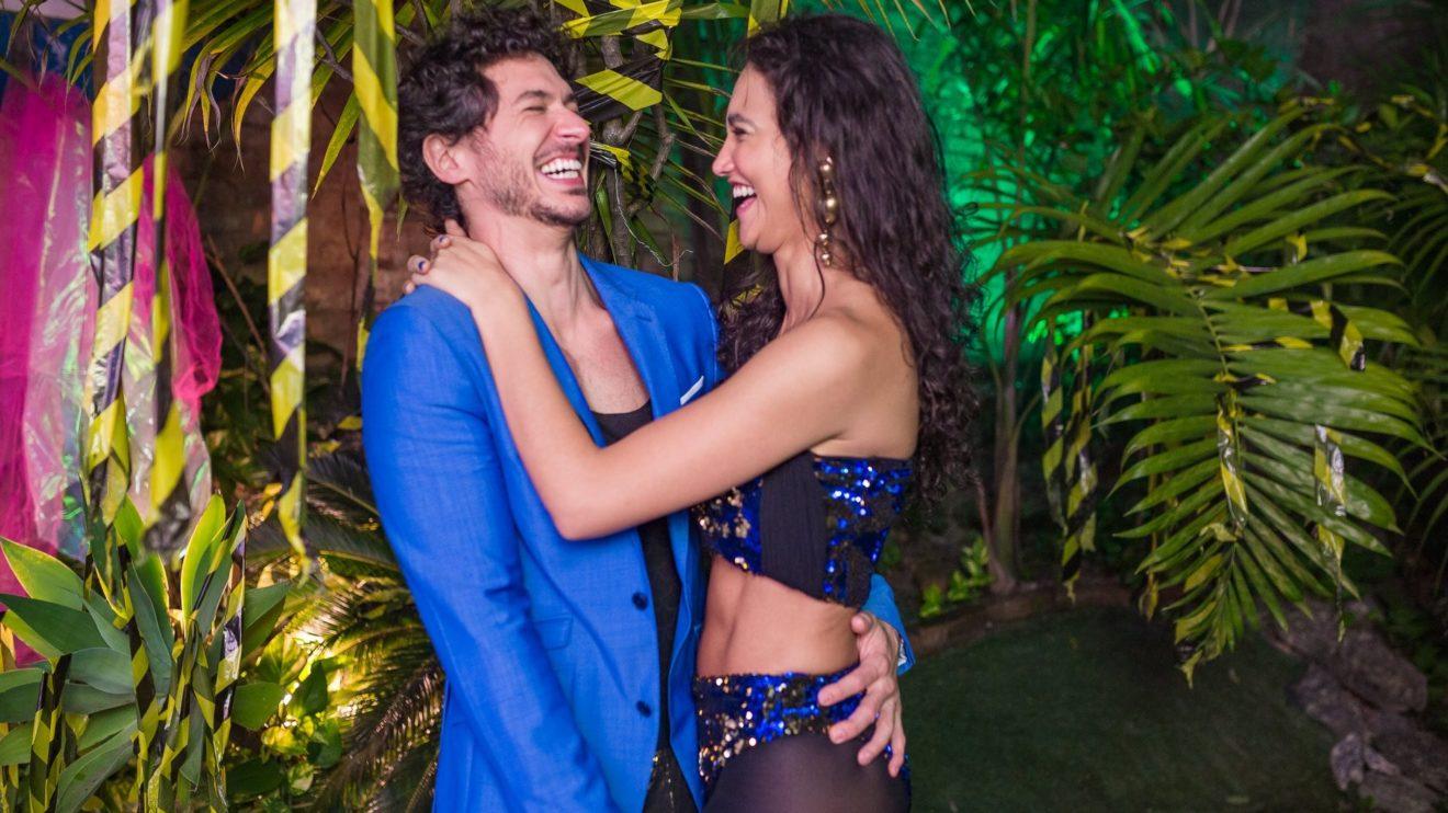Debora Nascimento e Luiz Perez (Foto: Festa Apocalipse Tropical/Facebook) Salvar