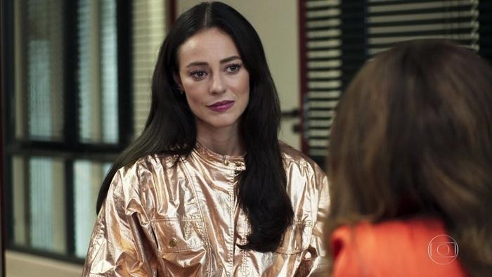 Vivi (Paolla Oliveira) vai revelar segredo para Maria da Paz (Juliana Paes) em A Dona do Pedaço (Foto: Reprodução/Globo)