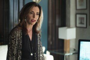 Lyris (Deborah Evelyn) em A Dona do Pedaço (Foto: Reprodução/Globo)