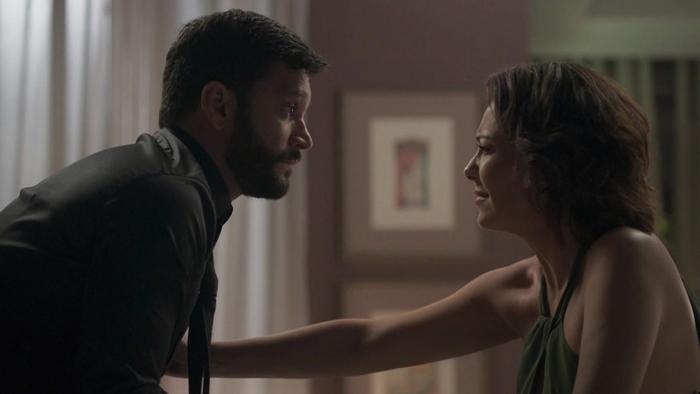 Diogo (Armando Babaioff) terá traição descoberta por Nana (Fabiula Nascimento) em Bom Sucesso (Foto: Reprodução/Globo)
