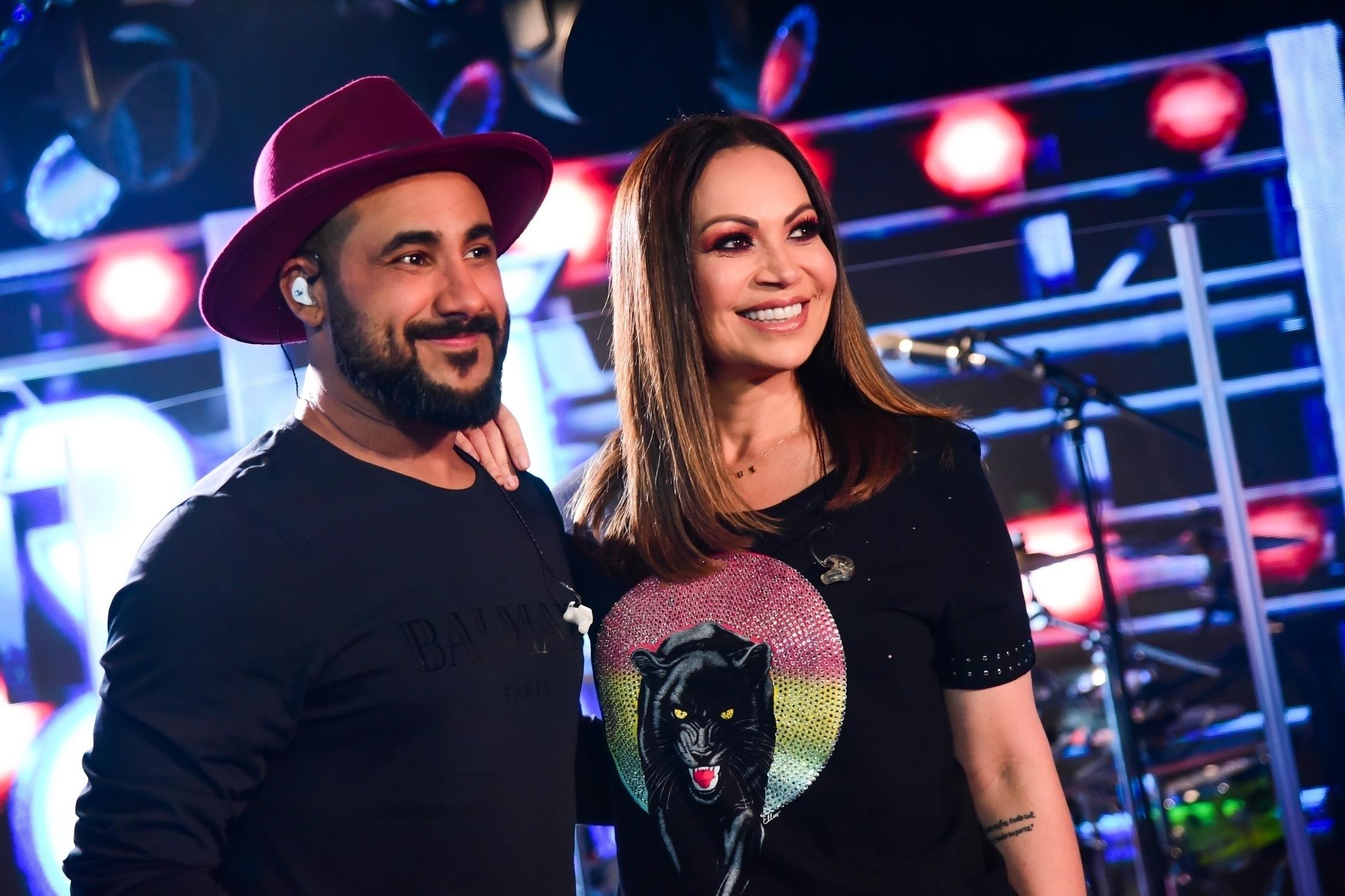 Solange Almeida e Raí Soares gravam juntos o DVD do Saia Rodada na Som Livre (Foto: Leo Franco/AgNews)