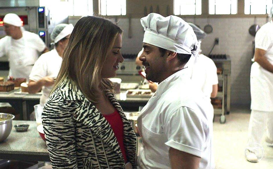 Abel pede Britney em casamento em A Dona do Pedaço (Reprodução: TV Globo)