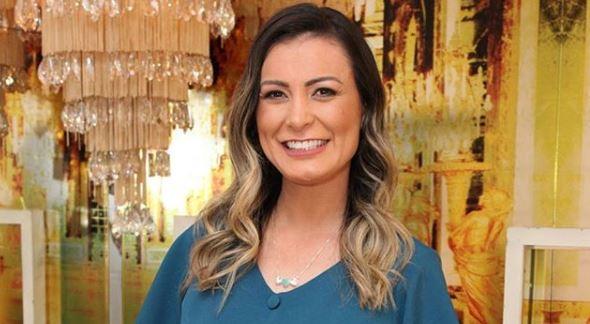 A contratada da Record, Andressa Urach toma medida drástica (Foto: Reprodução)