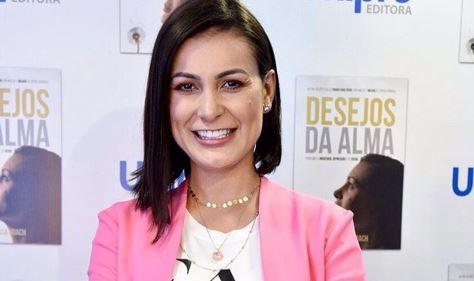A apresentadora da Record, Andressa Urach fala sobre possessão (Foto: Reprodução/Instagram)