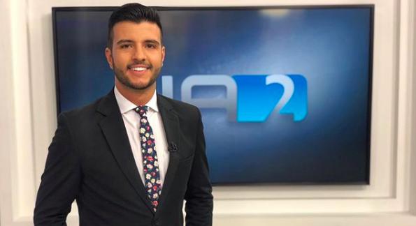 Matheus Ribeiro será o próximo âncora do Jornal Nacional do rodízio de 50 anos. Foto: Reprodução/Instagram