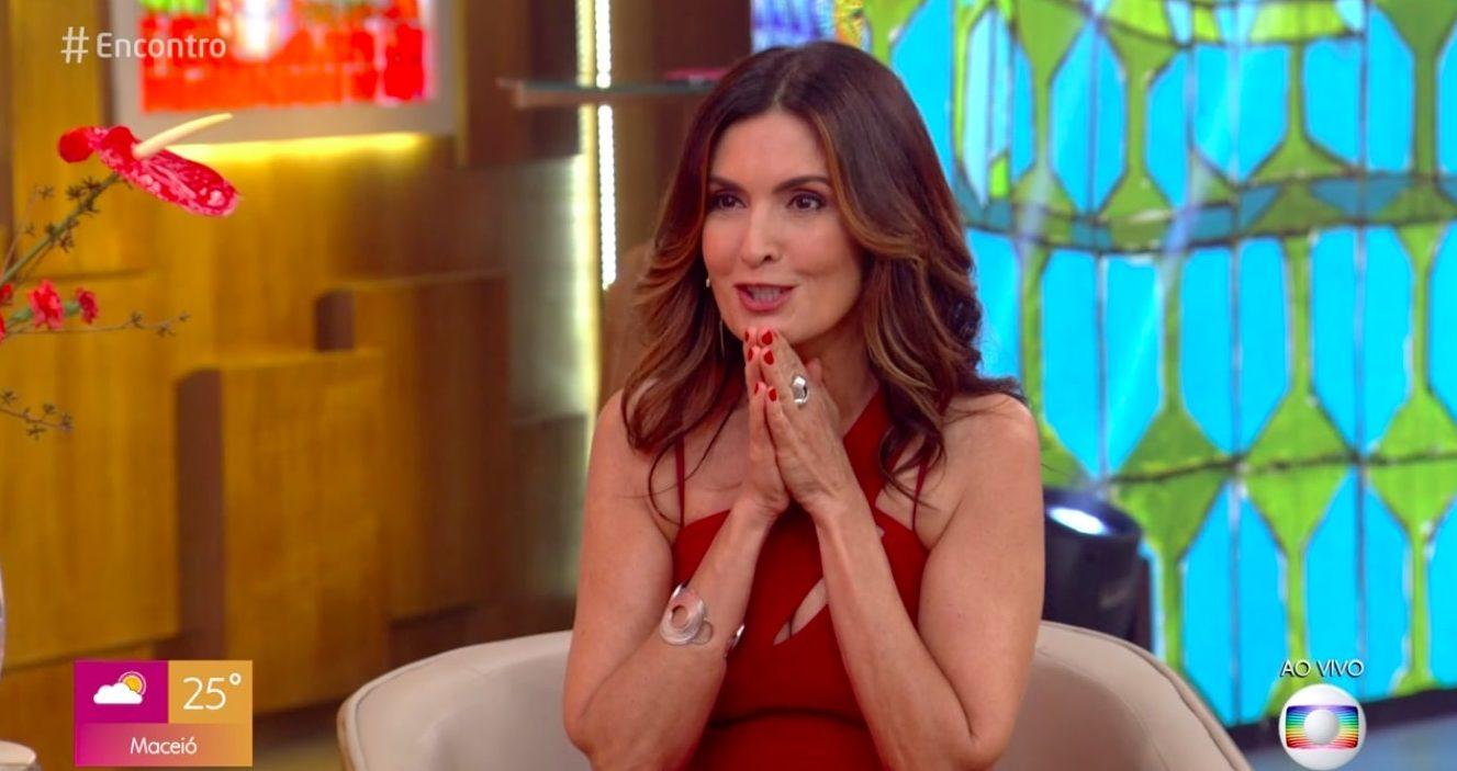 A presentadora do Encontro com Fátima Bernardes da Globo, é flagrada com o seu namorado, Túlio Gadêlha (Reprodução/Globoplay)
