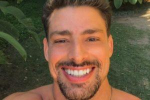 O famoso ator da Globo, Cauã Reymond faz elogio para personagem gay (Foto: Reprodução/Instagra