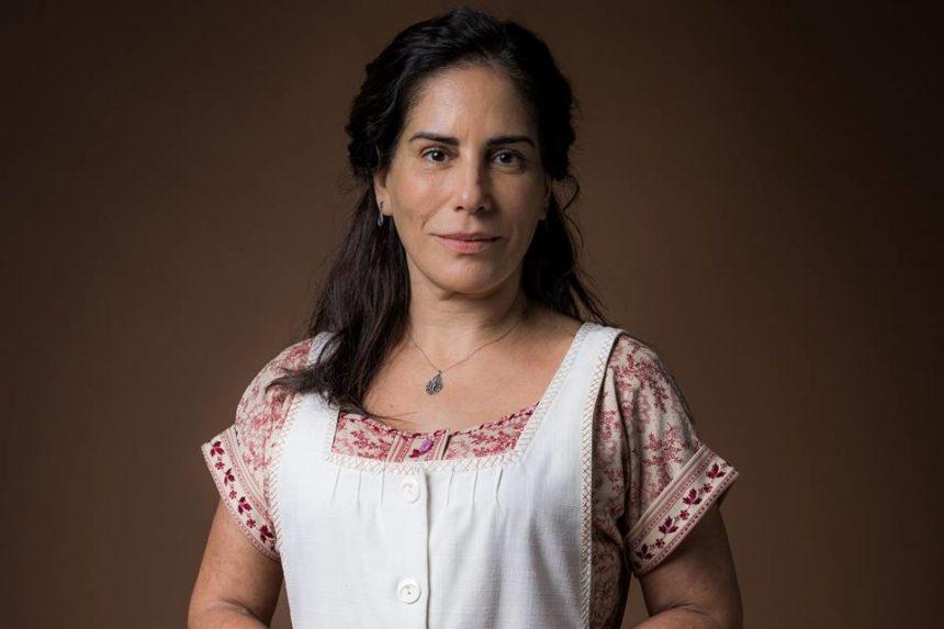 Glória Pires é uma das protagonistas de Éramos Seis e interpreta Lola (Foto: Raquel Cunha/TV Globo)