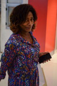 Glória Maria é flagrada em Shopping do Rio fazendo compras (Fotos: AgNews)