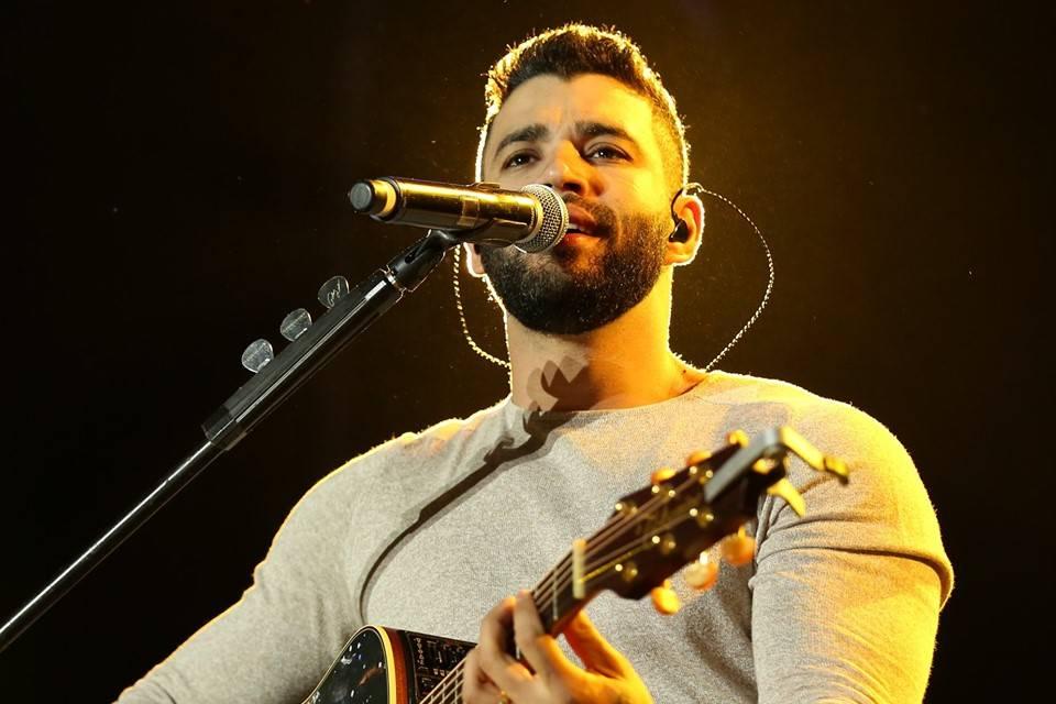 O cantor Gusttavo Lima estaria revoltado com um escritório de Marília Mendonça (Foto: Reprodução)