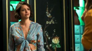 Josiane (Agatha Moreira) arrependida resolve aceitar Jesus dentro de prisão em A Dona do Pedaço (Reprodução: TV Globo)