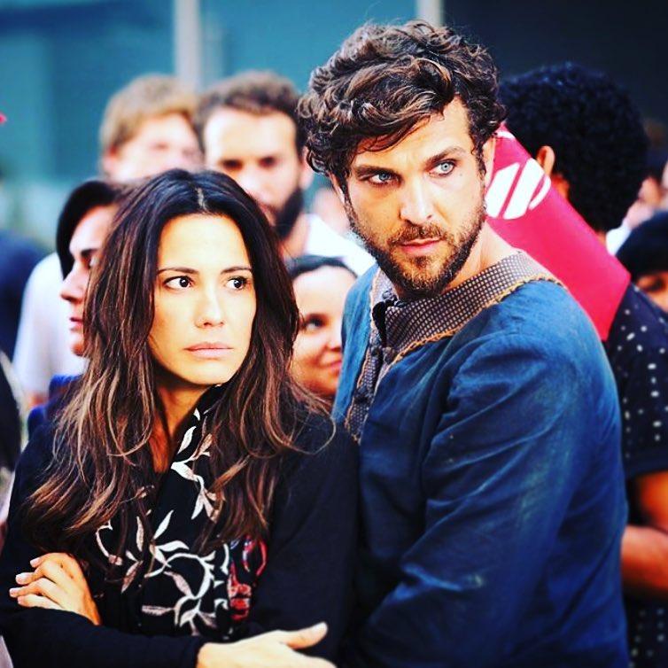 Juliana Knust e Igor Rickli atuando juntos em Apocalipse da Record (Foto: Divulgação/Record TV)