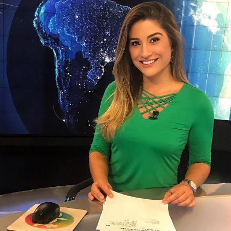 Kallyna Sabino foi demitida do canal do Homem do Baú (Foto: Reprodução/Twitter)