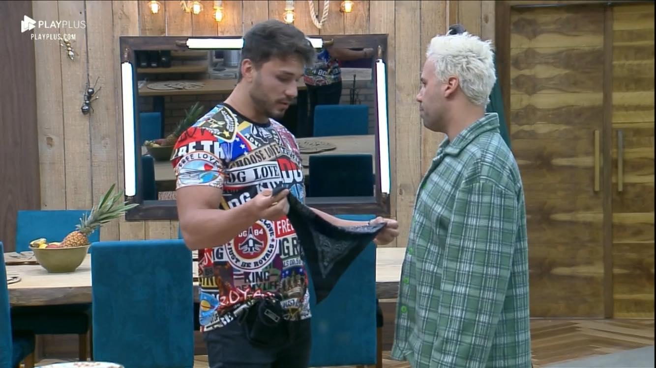 Lucas Viana desabafa com Viny Vieira e diz que Hariany Almeida não é a mulher certa para ele em A Fazenda 11 (Reprodução: PlayPlus)