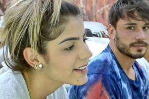 Hariany e Lucas Viana estão namorando em A Fazenda 11 (Foto: Reprodução)