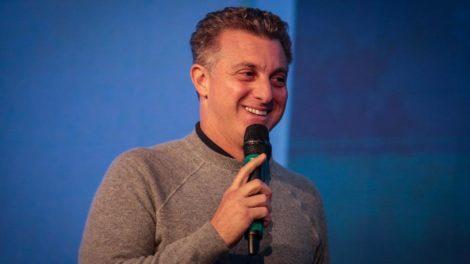 O apresentador Luciano Huck da Rede Globo (Imagem: Felipe Rau/Estadão Conteúdo)