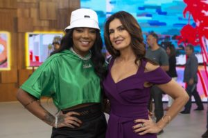 Ludmilla e Fátima Bernardes estão sempre se divertindo no Encontro com Fátima (Reprodução: TV Globo)