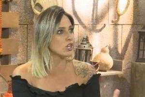 Tati Dias participa da Cabine de Descompressão de A Fazenda 11 com Lucas Salles (Reprodução: YouTube)