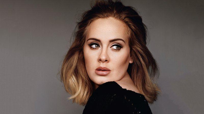 Adele perdeu 19 kilos de 2017 até os dias atuais (Foto: Reprodução)