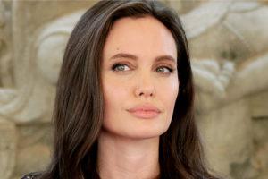 Angelina Jolie Zumbi é presa no Irã depois de cometer grave crime (Foto: Reprodução)