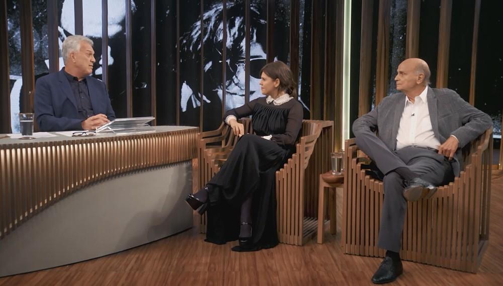Bárbara Paz e Drauzio Varella ao lado de Pedro Bial em programa na Globo (Reprodução)