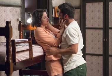 globo Bruno Gissoni protagoniza cenas quentes com Agatha Moreira em A Dona do Pedaço (Imagem: Reprodução)