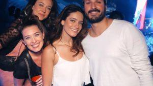 Os atores da novela As Aventuras de Poliana reunidos (Foto: Reprodução/Instagram)