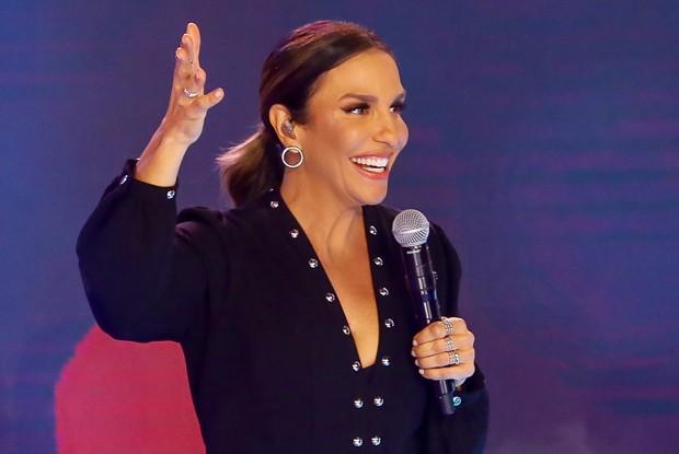 A cantora Ivete Sangalo no palco do Teleton 2019 (Foto: Reprodução)