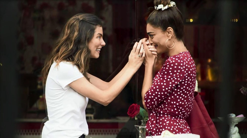 Em A Dona do Pedaço, Maria da paz fará exame de DNA para saber quem é sua filha biológica (foto: Reprodução/TV Globo)
