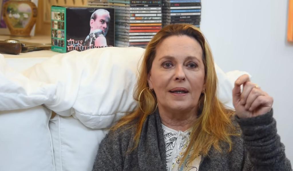 Maria Zilda durante entrevista com Antonia Fontenelle (Foto: Reprodução)